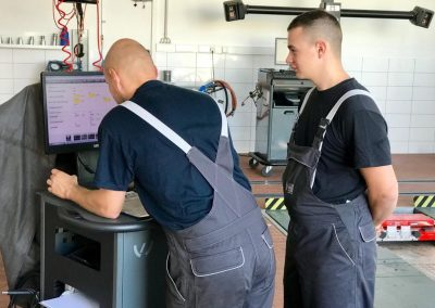 Ausbildung KFZ Mechatroniker